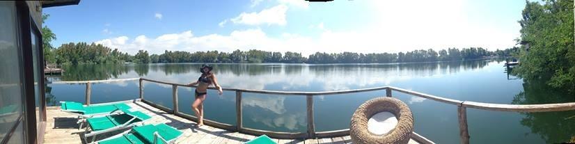 Hyppokampos panoramica lago dalla palafitta