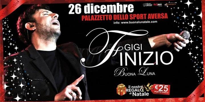 Gigi finizio concerto di natale palazzetto dello sport di Aversa 26 Dicembre 2013