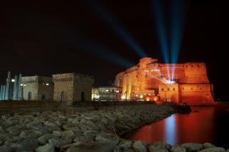 Castel dell'Ovo napoli notte