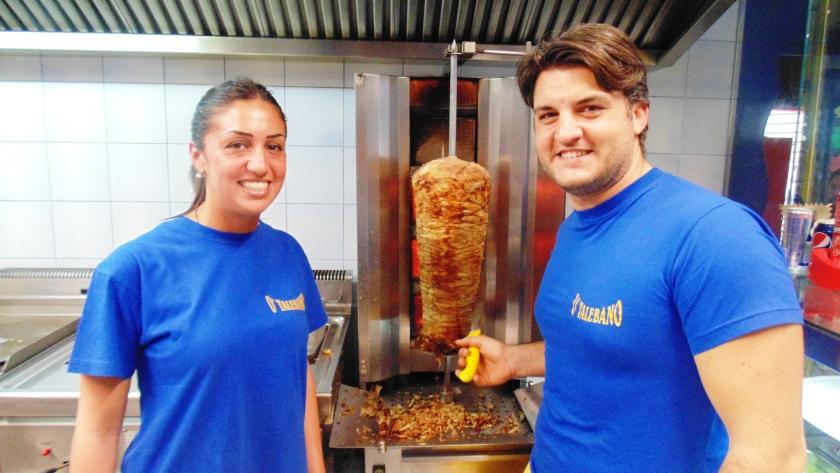 I fratelli Donzelli di O' Taleban o' taleban kebab a napoli (9)