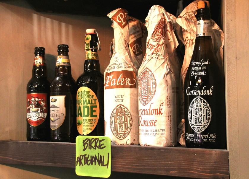 birre artigianali in bottiglia all'enoteca fiordigusto, a Volla, Napoli