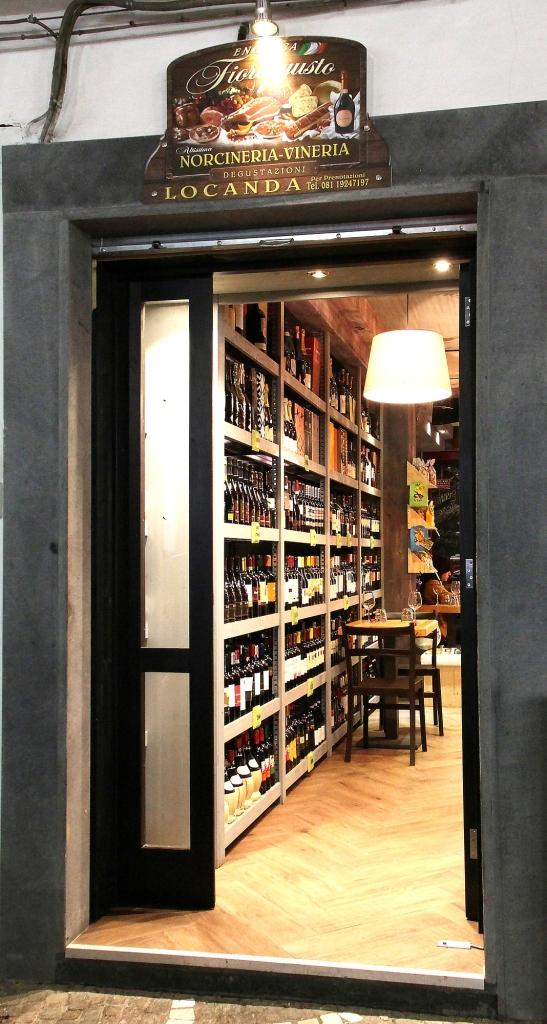 ingresso enoteca fiordigsto Volla Napoli