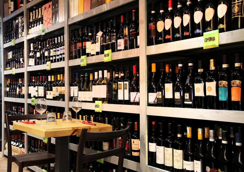 la parete dei vini, enoteca fiordigusto , Volla - Napoli