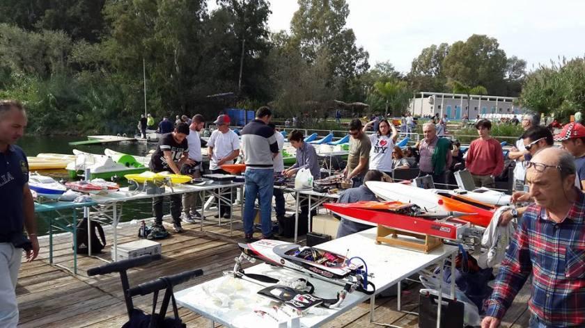 promo 2° Raduno di Idromodelli e motoscafi RC, con CMS - Il sagittario in collaborazione con RC Boat Napoli - arricreammec - ecoparco del Mediterraneo - 17 aprile 2016 (13)